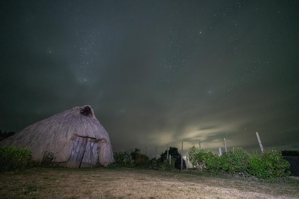 Ruca mapuche, lago Budi. Teodoro Schmidt