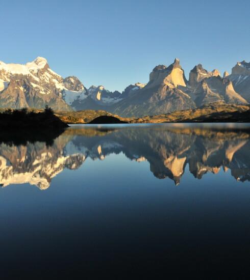Torres_del_Paine_desde_Lago_Grey